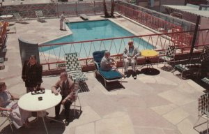 PHOENIX , Arizona , 1957 ; San Carlos Hotel , Swimming Pool