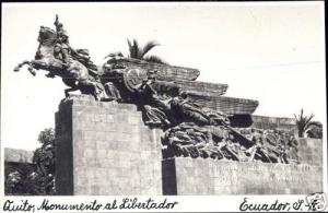 ecuador, QUITO, Monumento el Libertador (1940s) RPPC