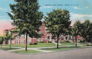 FARGO , North Dakota , 30-40s ; Central High School