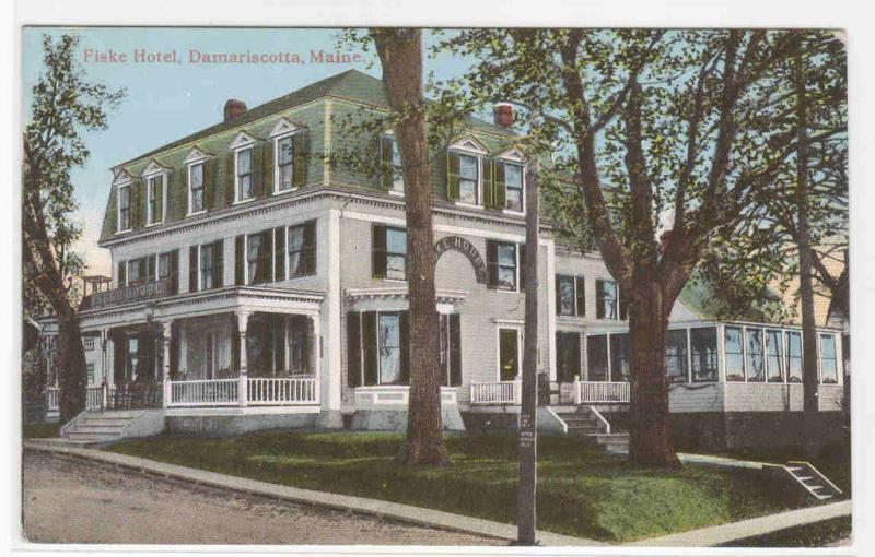 Fiske Hotel Damariscotta Maine 1910c Postcard