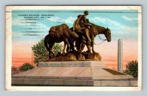Kansas City MO, Pioneer Mothers Monument, Vintage Missouri c1929 Postcard
