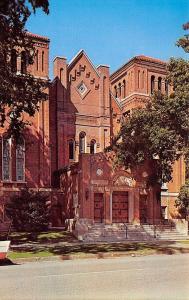 Fairfield Iowa~Presbyterian Church, Door in the Shade~1950s Car Fender~Postcard