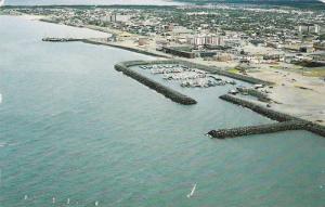 Sept-Iles , Quebec , Canada , PU_1992 ; La marina