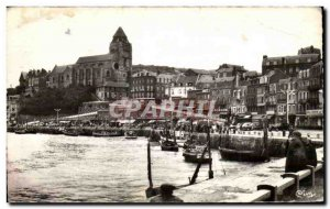 Le Treport - Le Quai and L & # 39Eglise - Old Postcard