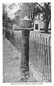 EDENTON NORTH CAROLINA~EDENTON TEA POT~GRAYCRAFT PUBL POSTCARD 1940s
