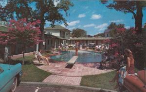 Swimming Pool, Park Plaza Motel, U.S. Highways 67-71-82, TEXARKANA, Arkansas-...