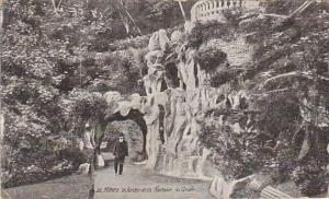 France Nimes Le Jardin de la Fontaine La Grotte