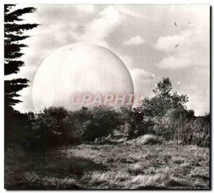 Postcard Modern Pleumeur Bodou The REDOME Space Station Telecommunications