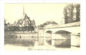 Nemours , France , 00-10s : L'Eglise et le Pont