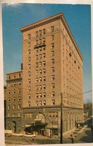 1950s West Virginian Hotel 240 Room Old Cars Traffic Light Bluefield WV Postcard