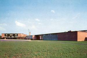 CT - Old Saybrook, Junior-Senior High School