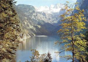 Gosausee mit Dachstein der romantische Bergsee im Salzkammergut Lake Mountain