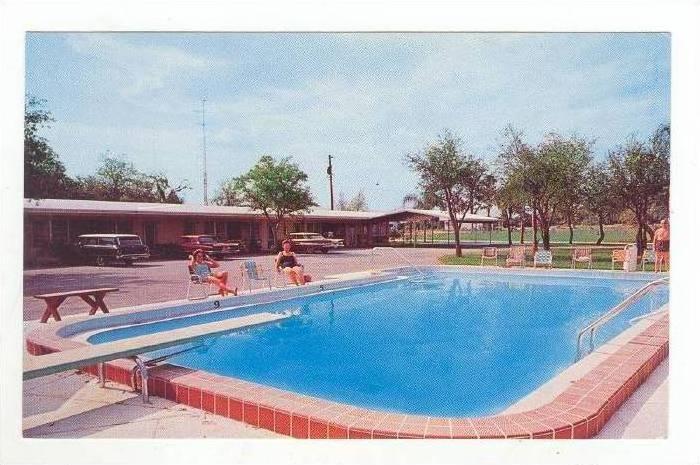 Pool @ Southernaire Motel,Avon Park,FL /Florida 1960-70