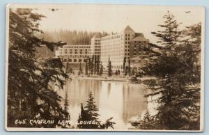 Postcard Canada Alberta Banff Chateau Lake Louise RPPC Byron Harmon Photo #2 Q11