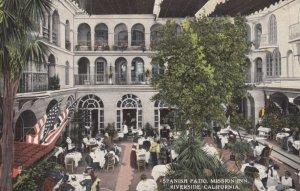 RIVERSIDE, California, 1900-10s; Spanish Patio, Mission Inn
