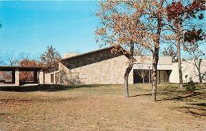 Columbia MO~Alumni Hall~University of Missouri~Home of the Tigers 1960s Postcard