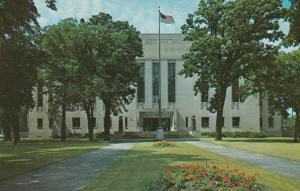 OSHKOSH , Wisconsin, 40-60s; Winnebago County Court House # 2
