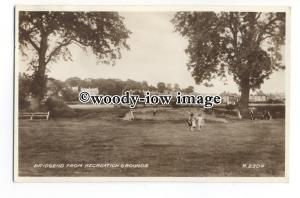 tq1346 - Children playing on Recreation Grounds, with Brigend Behind - Postcard
