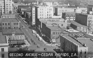 Birdseye 1940s Second Avenue CEDAR RAPIDS IOWA Cars buses Pictures postcard 4088