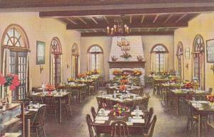 Florida Cypress Gardens Bok Tower Is One Of The Largest Dining Places In Florida