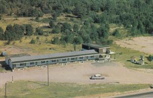 NORTH BAY, Ontario, Canada, 1940-1960´s; Hi-Vue Motel, Classic Cars