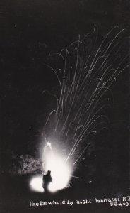 RP: WAIRAKEI , New Zealand , 20-40s ; Blowwhole by night