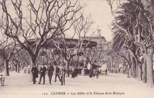CANNES,Les Allees et le Kiosque de la Musique, Alpes Maritimes, France, 00-10s