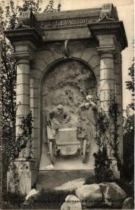 CPA PARIS 17e Porte Maillot Monument de Levassor (577251)