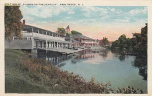 PROVIDENCE , Rhode Island , 1910-20s; Boat House, Rhodes-On-The-Paxtuxet