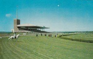 ATLANTIC CITY , New Jersey , 1950-60s ; Horse Race Track