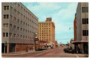 Abilene TX Postcard Street Scene 1st National Bank Windsor Hotel #75378