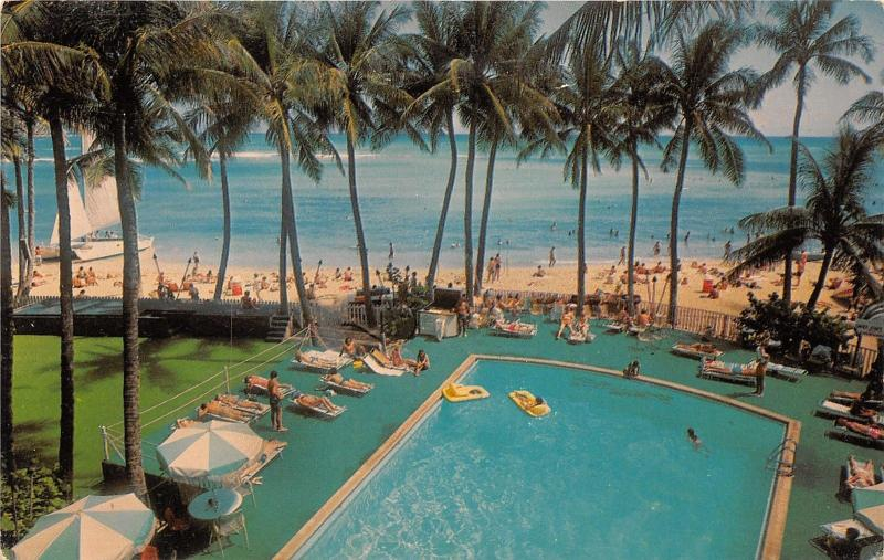 Waikiki Beach Hawaii~Outrigger Hotel~Looking @ Beach from Swimming Pool~1960s Pc