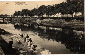CPA PÉRIGUEUX-Les Bords de l'Isle (233839)