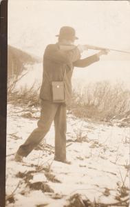 RP: Man hunting, Shotgun & Camera case, 1904-18s