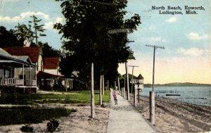 Ludington, Michigan - Walking at North Beach, Epworth - in 1916