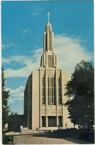 Striking Hartford, Conn/CT Postcard, St Joseph Cathedral