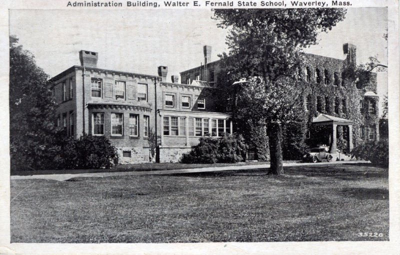 [ Photo? ] US Massachusetts Waverley - Administration Building