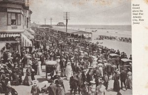 ATLANTIC CITY, New Jersey, 1901-1907; Easter Crowd Above The Steel Pier