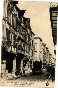 CPA La Rochelle-Vieilles Maisons Rue des Merciers (45233)