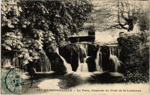 CPA Ermenonville- Le Parc, Cascade du Pont de la Lanterne FRANCE (1020498)