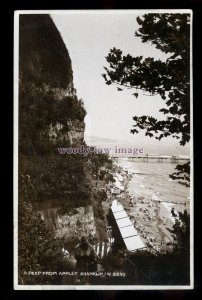 h2161 - Isle of Wight - A Peep from Appley Cliffs, Shanklin c1932- Nigh postcard