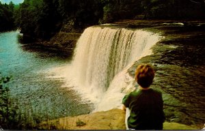 Michigan Upper Ppeninsula Luce County Tachquamenon Falls