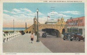DAYTONA BEACH , Florida , 1910s; Arch and Ocean Walk