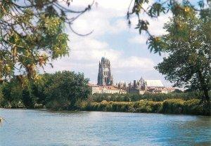 Postcard France Saintes Charente Cathedrale Saint Pierre