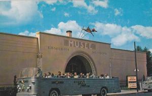 Wax Museum, Montreal, Quebec, Canada, 40-60s
