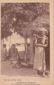 Africa Nude Topless Senegal Dakar L'heureuse Maman Cerera
