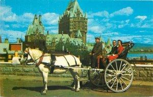 Canada Postcard Quebec Sur les hauteurs du Cap Diamant caleche ride