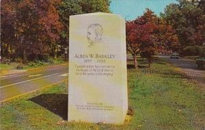 Kentucky Paducah Alben W Barkley Monument Jefferson Street 1988