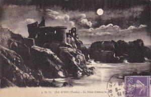 France Ile D'Yeu Le Vieux Chateau la nuit 1928