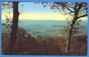 A TINY VILLAGE- VIEWED FROM THE SKYLINE DRIVE, VIRGINA  1958  (222)